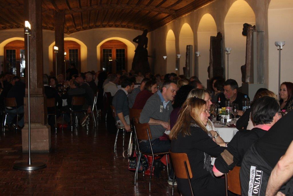 Wine & Dine 4.2 194