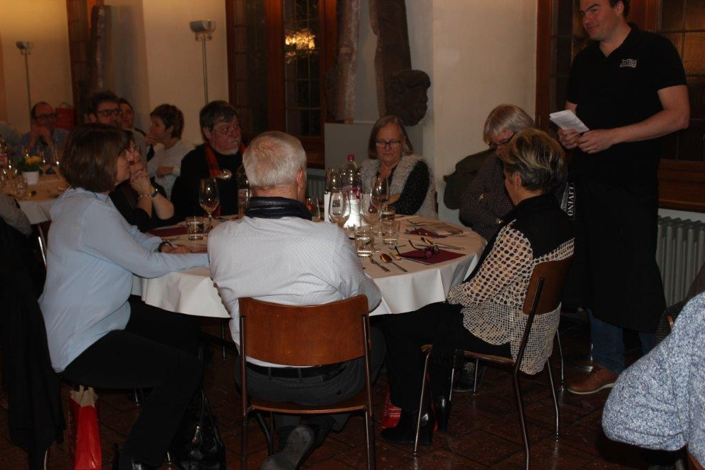 Wine & Dine 4.2 156
